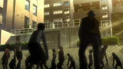 HIGHSCHOOL OF THE DEAD   08   38