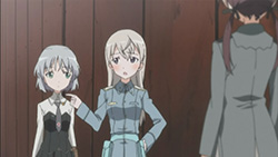 STRIKE WITCHES   12   12