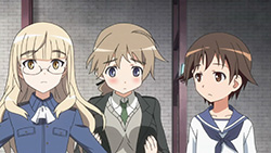 STRIKE WITCHES 2   04   12